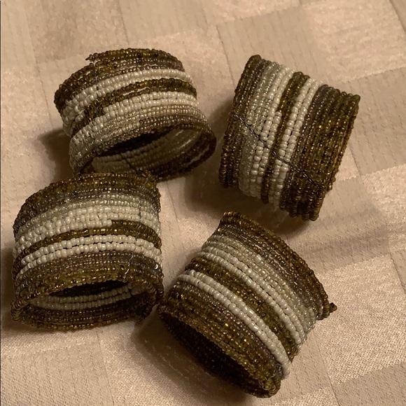 ⚜️4 POTTERY BARN Beaded napkin rings